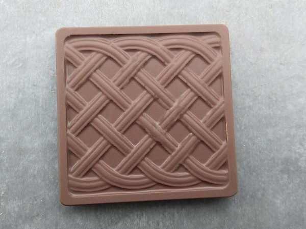 Mini chocolate tablet braided pattern